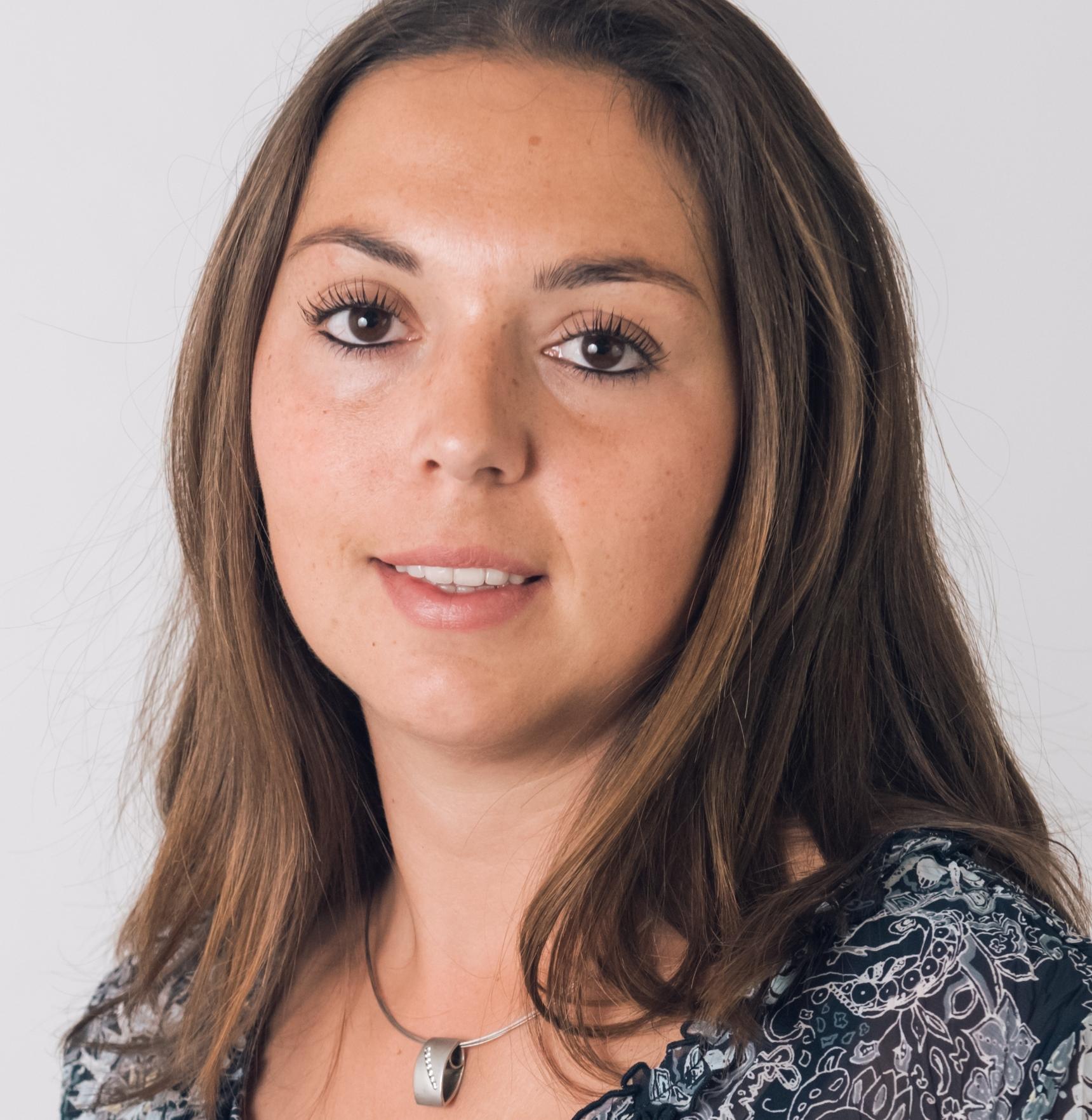 Julia Sanin